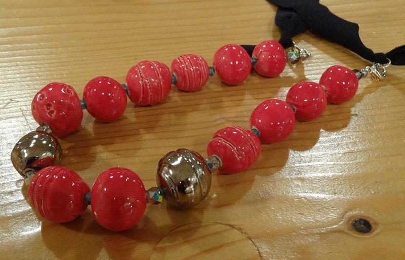 perlen in der handwerkstatt